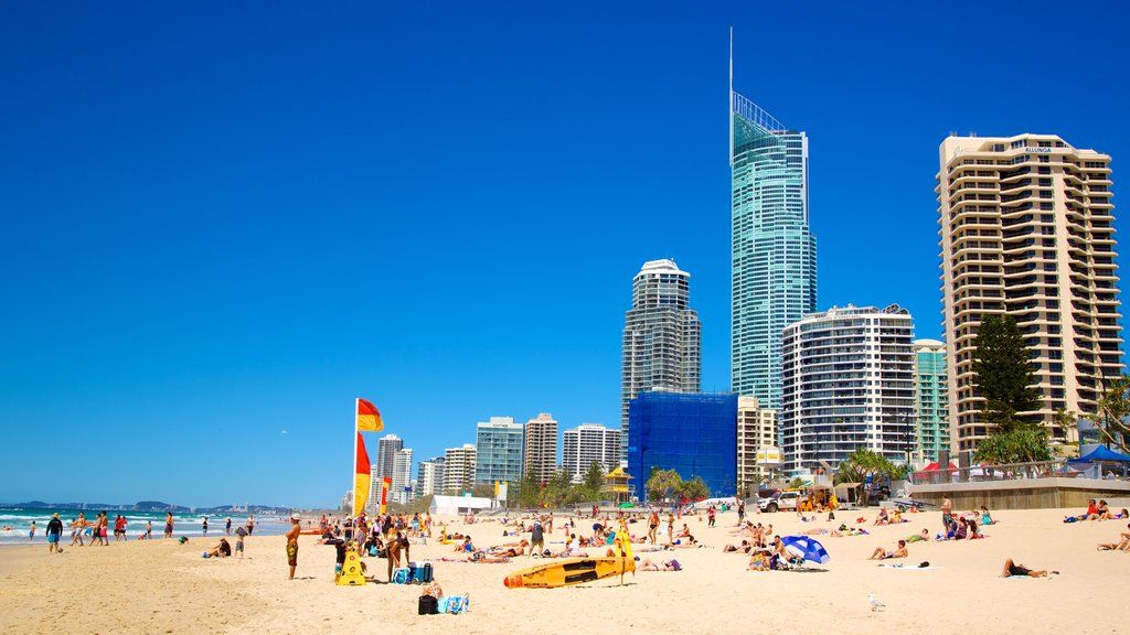 gold coast - Surfer's Paradise Beach